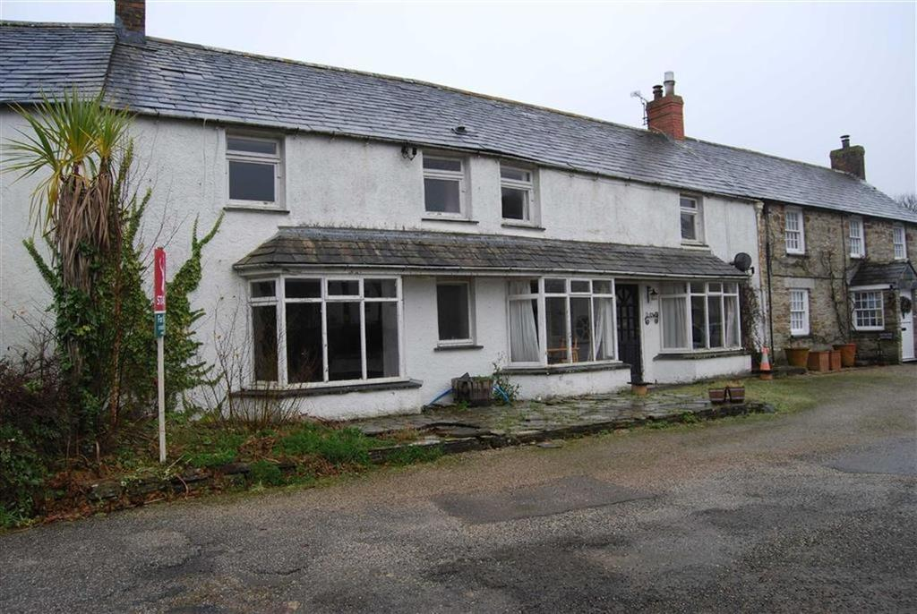 3 Bedrooms Semi Detached House for sale in St Tudy, Bodmin, Cornwall, PL30
