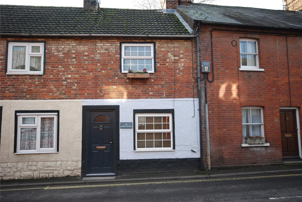 2 Bedrooms Terraced House for sale in West Street, Fordingbridge, Hampshire, SP6