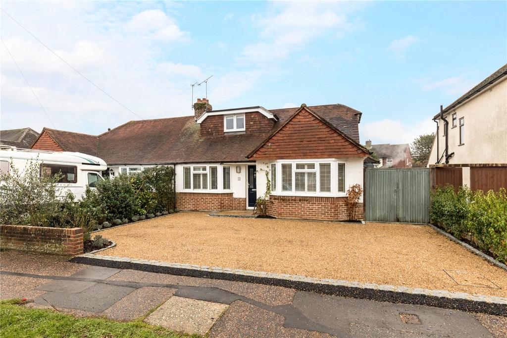 4 Bedrooms Semi Detached Bungalow for sale in Parklands Road, Chichester, West Sussex