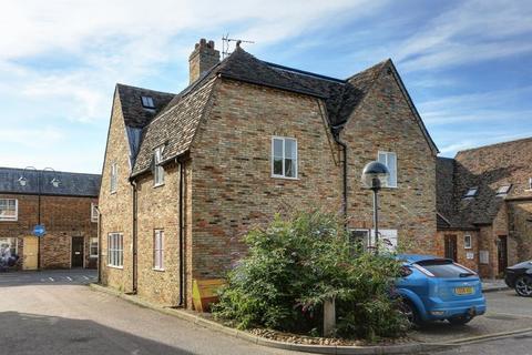 2 bedroom apartment to rent - Newnham Street, Ely