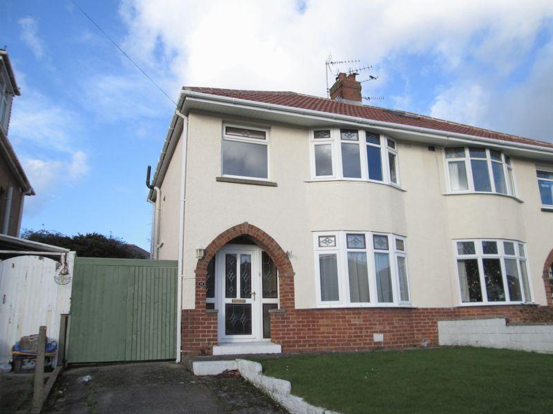 3 Bedrooms Semi Detached House for sale in Fairfield Road Bridgend CF31 3DT