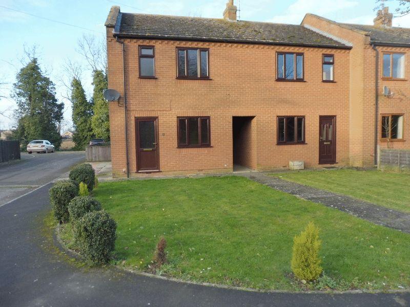Joys bank holbeach st johns 3 bed end of terrace house to for 114 the terrace st john house