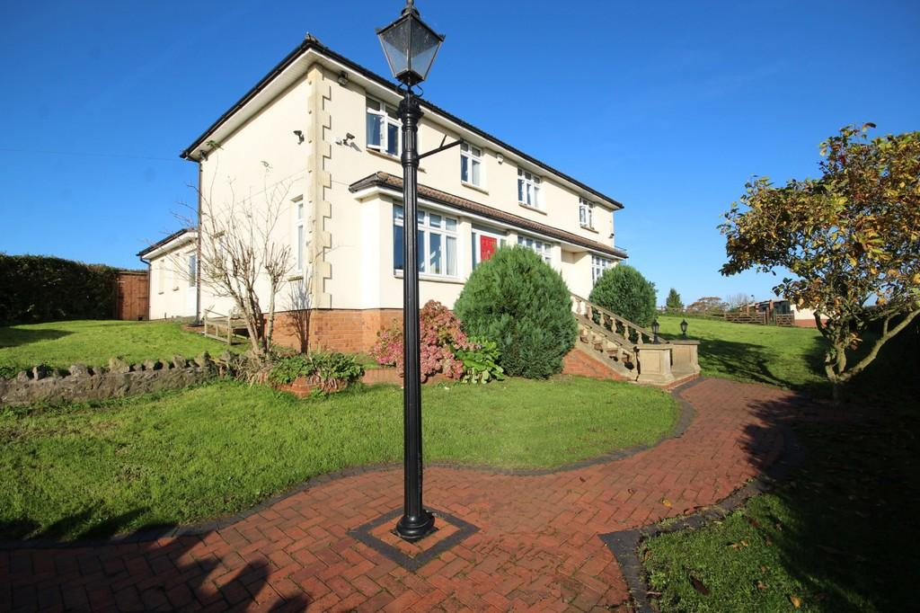 4 Bedrooms Detached House for sale in Barrow Lane, Winford