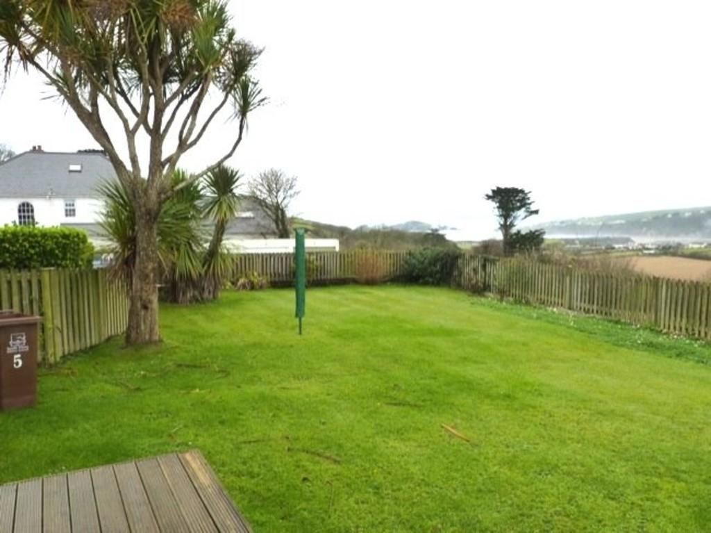 3 Bedrooms Semi Detached Bungalow for rent in Island View, Thurlestone