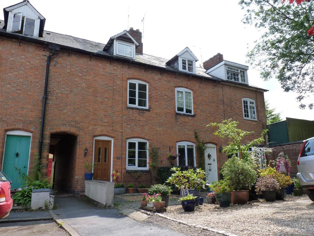 3 Bedrooms Terraced House for rent in Paget Street, Kibworth