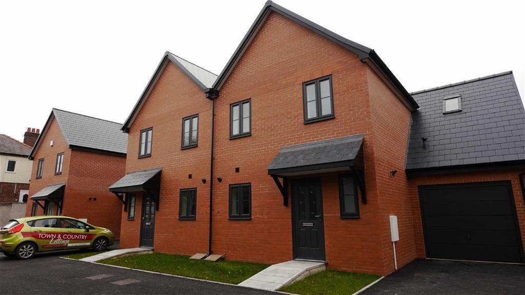 3 Bedrooms Semi Detached House for rent in Llys Croes Atti, Flint, Flintshire, CH6