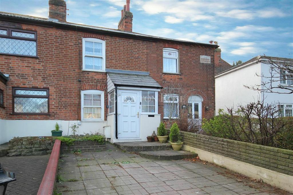 2 Bedrooms Cottage House for sale in Abridge