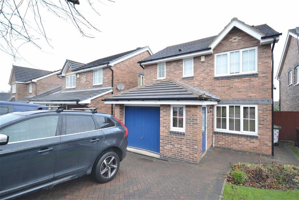 3 Bedrooms Detached House for sale in Higham Way, Garforth, Leeds, LS25