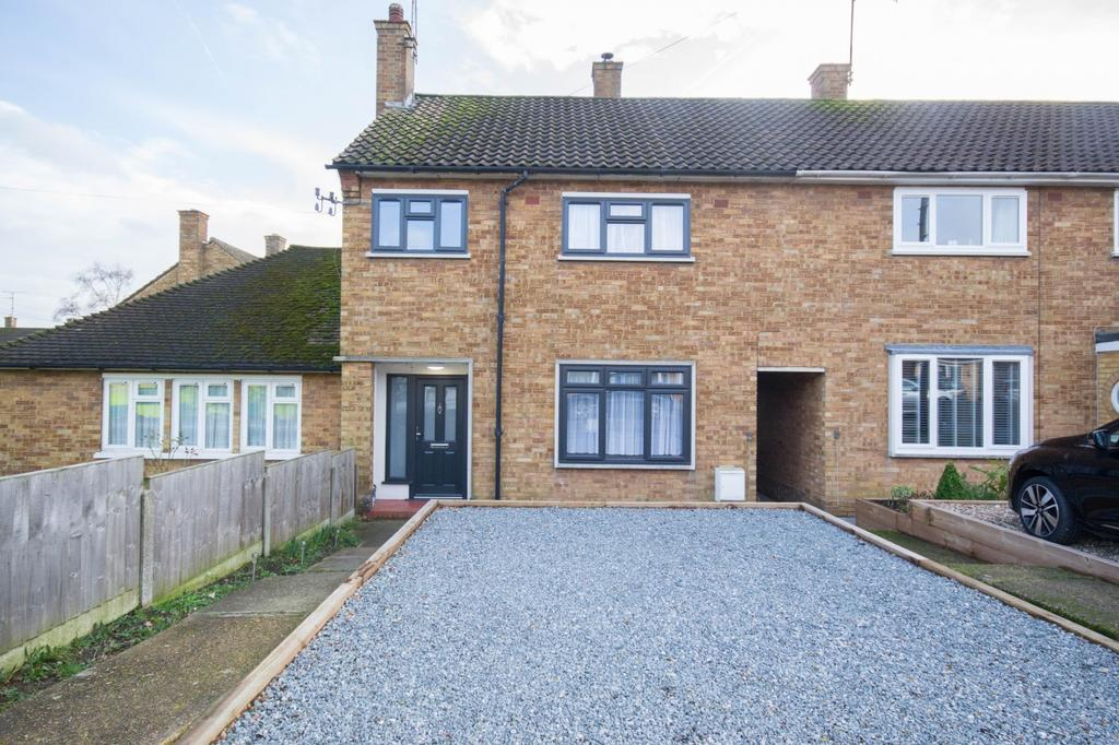 3 Bedrooms Terraced House for sale in Birkbeck Road, Hutton, Brentwood, Essex, CM13