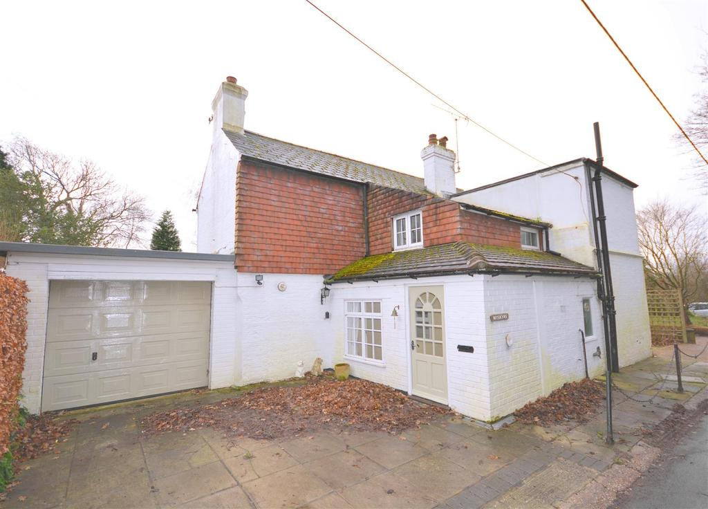 4 Bedrooms Detached House for sale in New Cut Westfield,