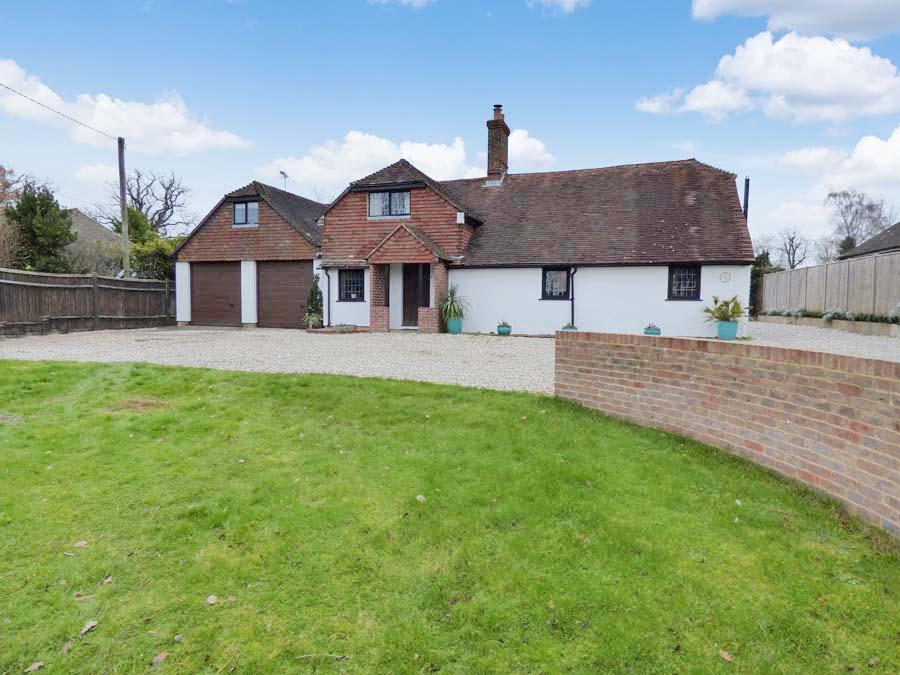 5 Bedrooms House for sale in Keymer Road, Burgess Hill, RH15