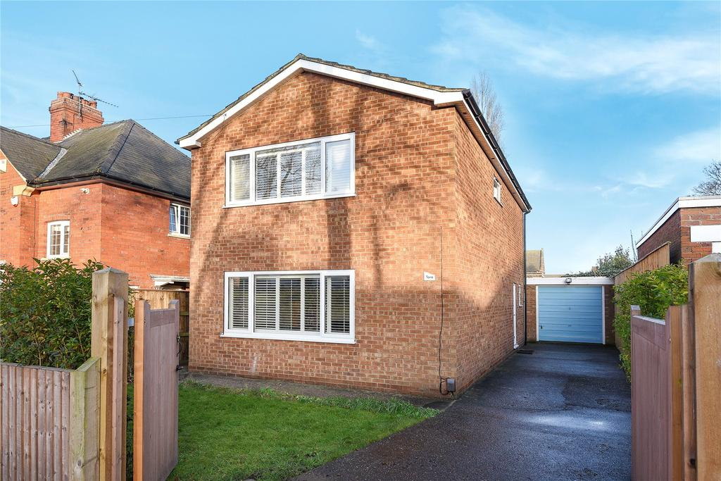3 Bedrooms Detached House for sale in Egerton Road, Lincoln, LN2