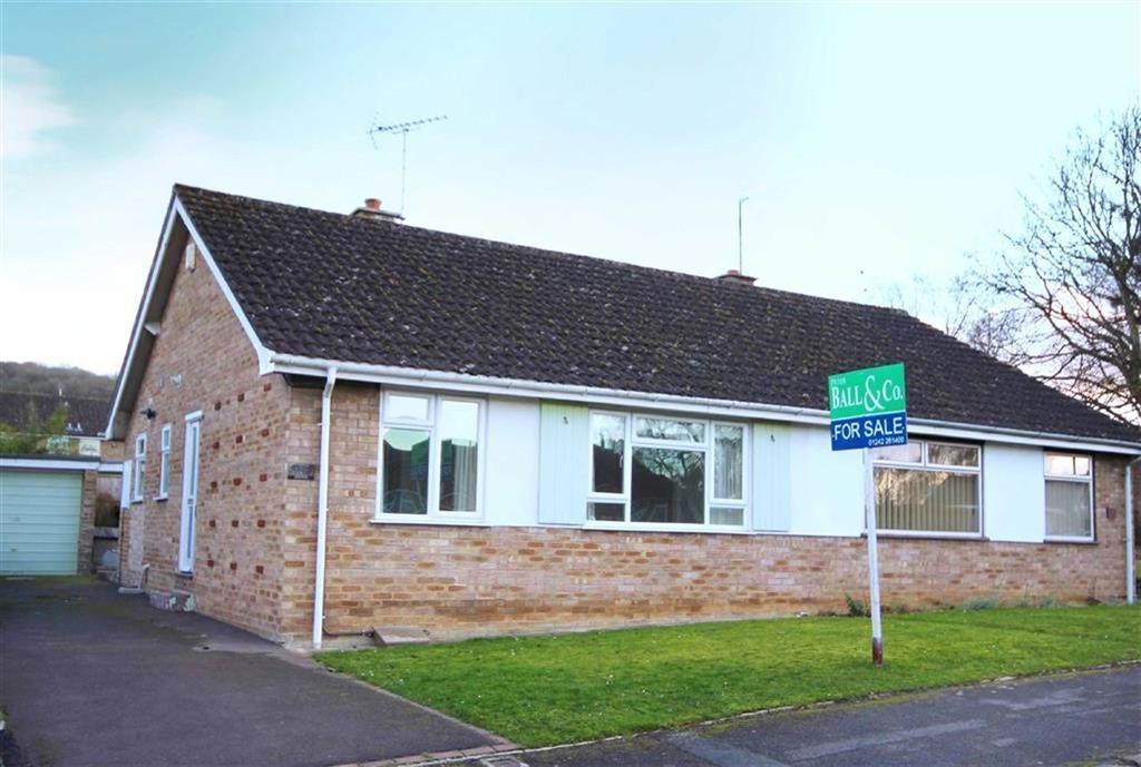 2 Bedrooms Semi Detached Bungalow for sale in Lawn Crescent, Shurdington, Cheltenham, GL51