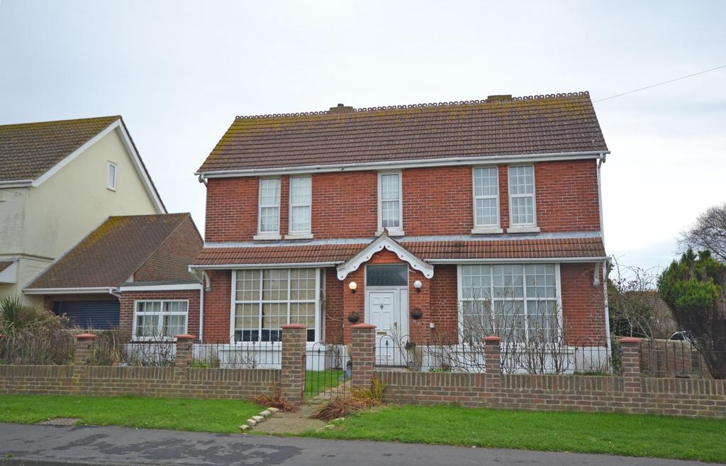 4 Bedrooms Detached House for sale in Hillfield Road, Selsey, PO20