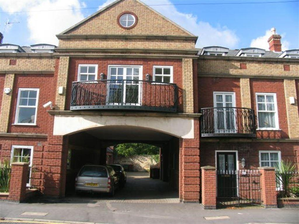 2 Bedrooms Flat for rent in Langworthgate, Lincoln