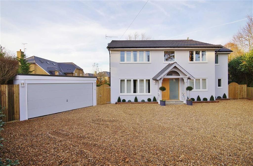 4 Bedrooms Detached House for sale in Danes Close, Oxshott, Surrey, KT22