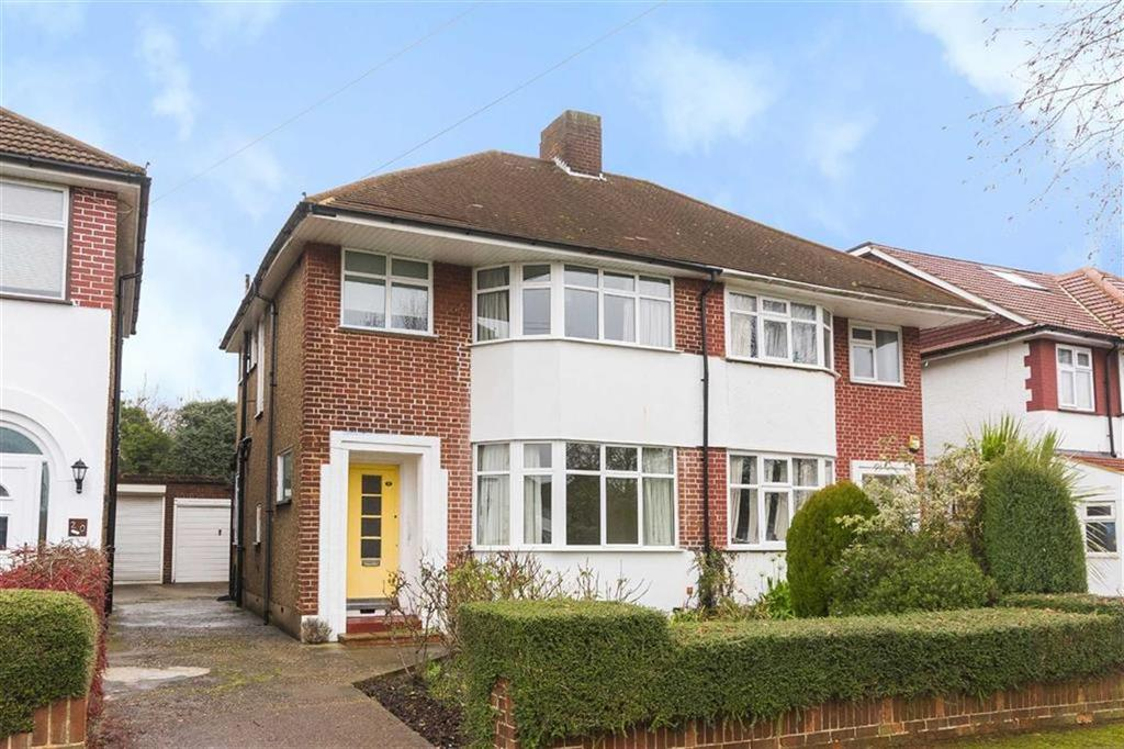 3 Bedrooms Semi Detached House for sale in Pavillion Way, Eastcote, Middlesex