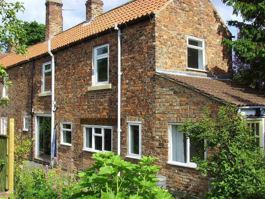 2 Bedrooms Cottage House for rent in Back Lane, Sowerby, Thirsk