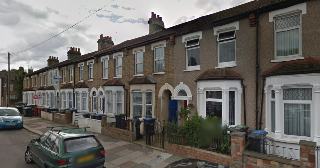 Lopen Road N18 4 Bed Terraced House To Rent 163 1 650 Pcm