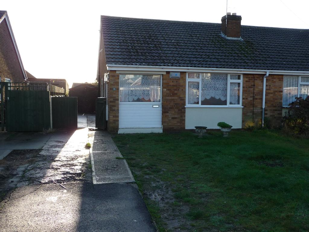 2 Bedrooms Bungalow for rent in Church Road, Mablethorpe