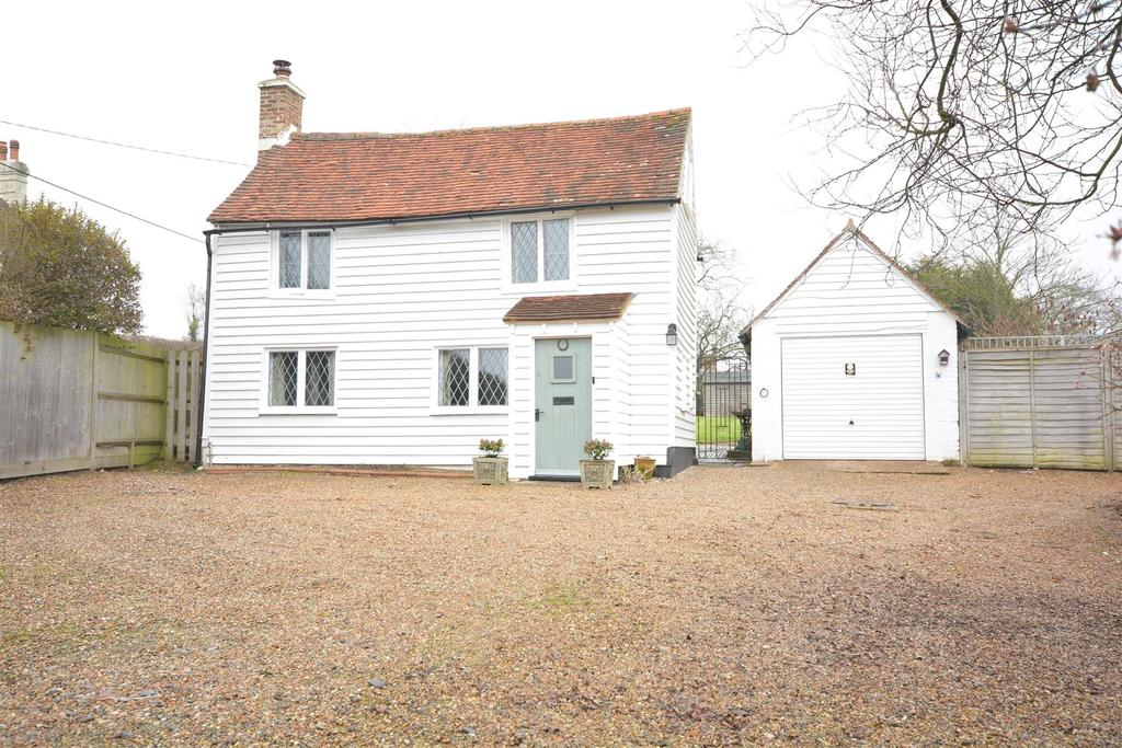 3 Bedrooms Detached House for sale in The Stream, Catsfield