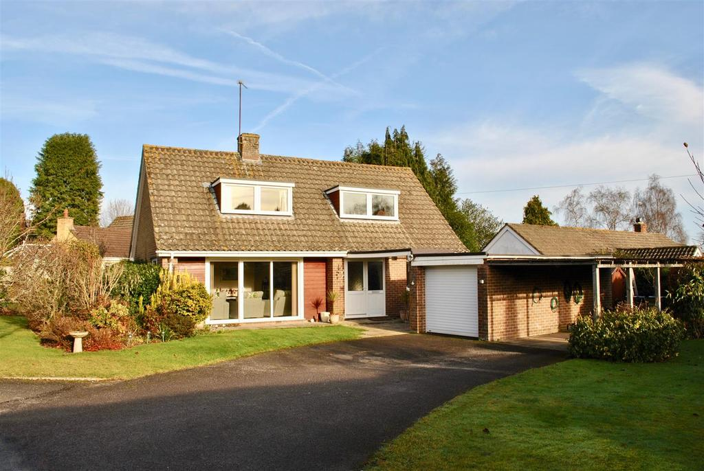3 Bedrooms Detached House for sale in Private Road, Trull