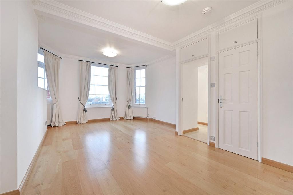 2 Bedrooms Flat for sale in St. John's Wood Court, St. John's Wood Road, London
