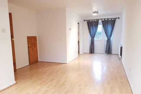 3 bedroom house to rent - St. Pauls Close, Ealing