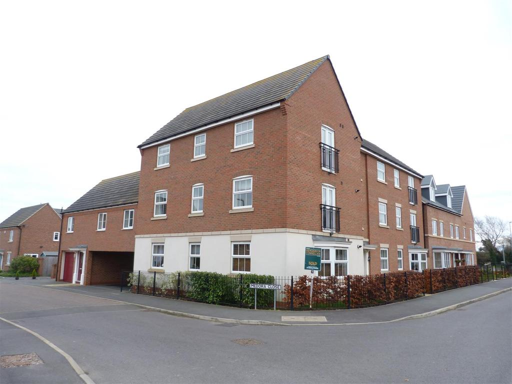 2 Bedrooms Apartment Flat for sale in Freshman Way, Market Harborough