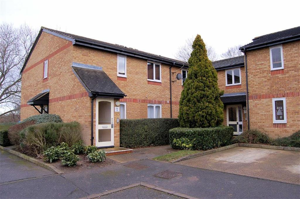 1 Bedroom Apartment Flat for sale in Talisman Street, Hitchin, Hertfordshire