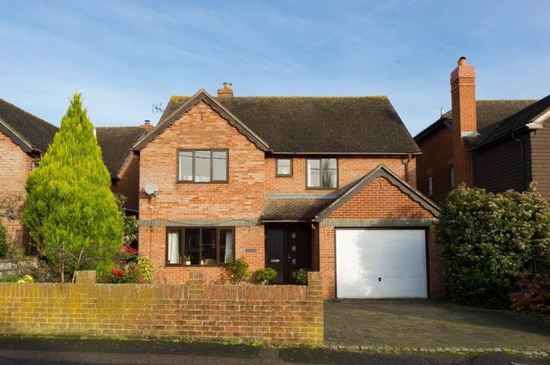 5 Bedrooms Detached House for sale in Valderrama, Haywards Road, Drayton, Abingdon