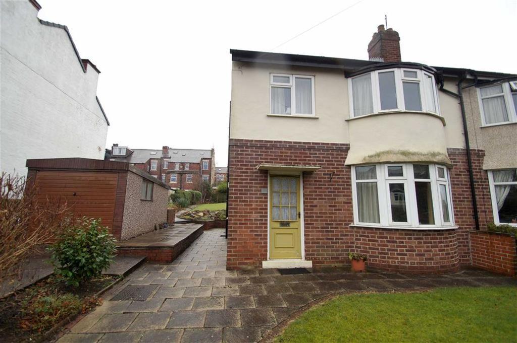 3 Bedrooms Semi Detached House for sale in Carter Avenue, Leeds