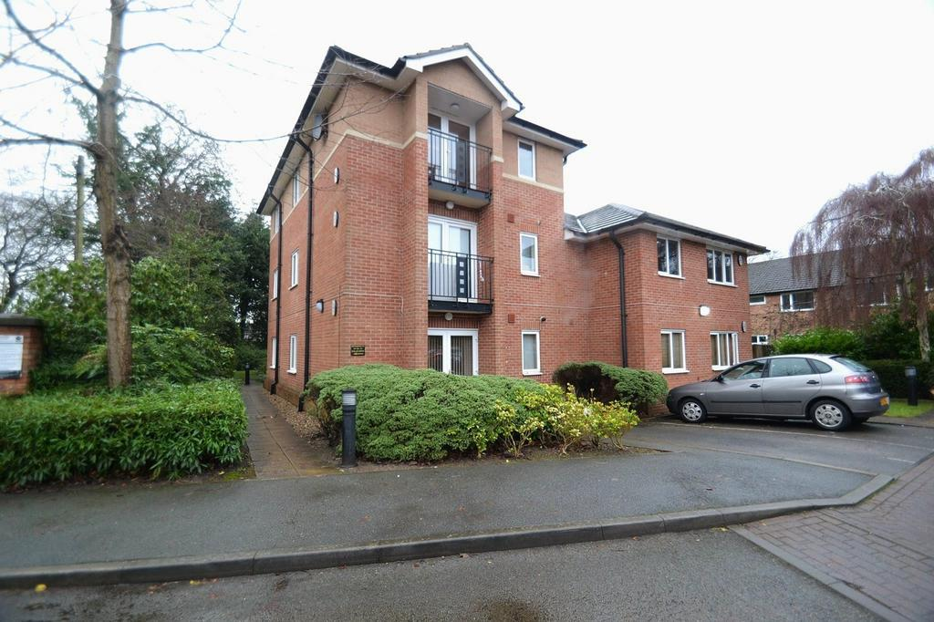 2 Bedrooms Apartment Flat for sale in Bollin Drive, Sale