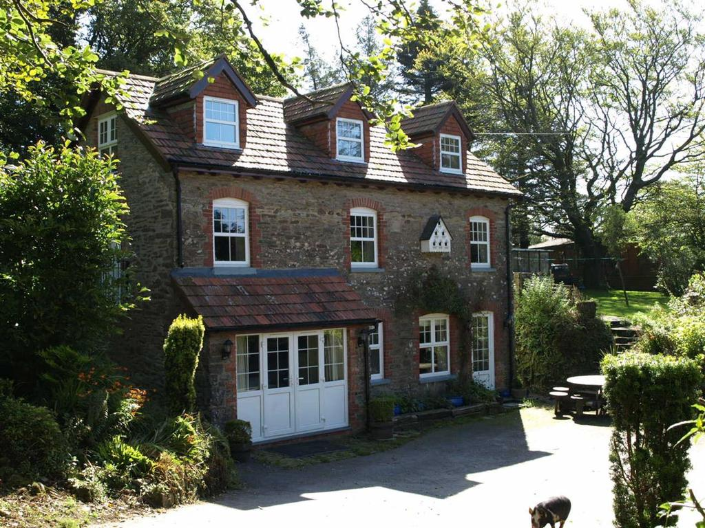 4 Bedrooms Unique Property for sale in Bratton Fleming, Devon