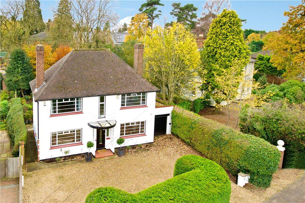 4 Bedrooms Unique Property for sale in Weathercock Lane, Woburn Sands, Milton Keynes, Buckinghamshire