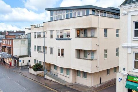 2 bedroom flat to rent - Grove Hill House,  Tunbridge Wells, TN1