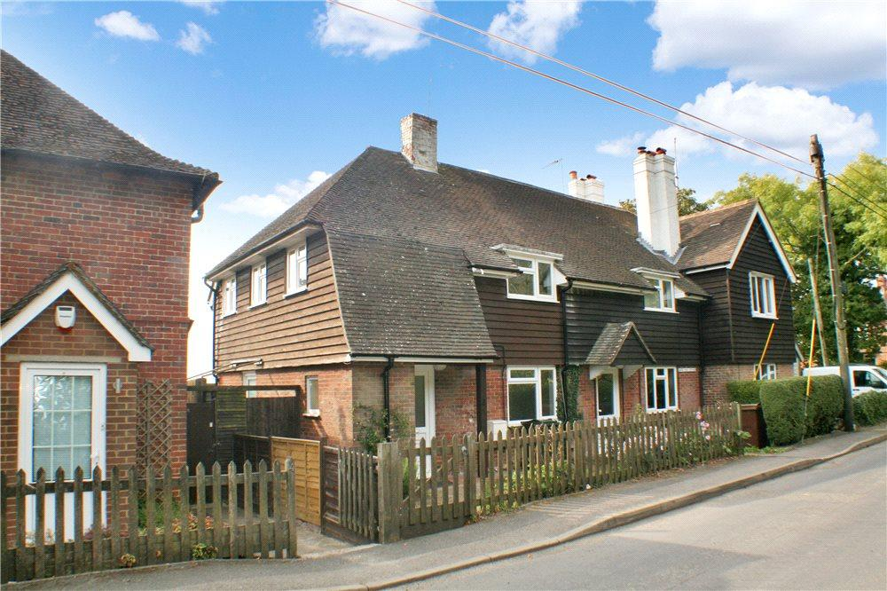 3 Bedrooms Semi Detached House for sale in Amage Road, Wye, Ashford, Kent