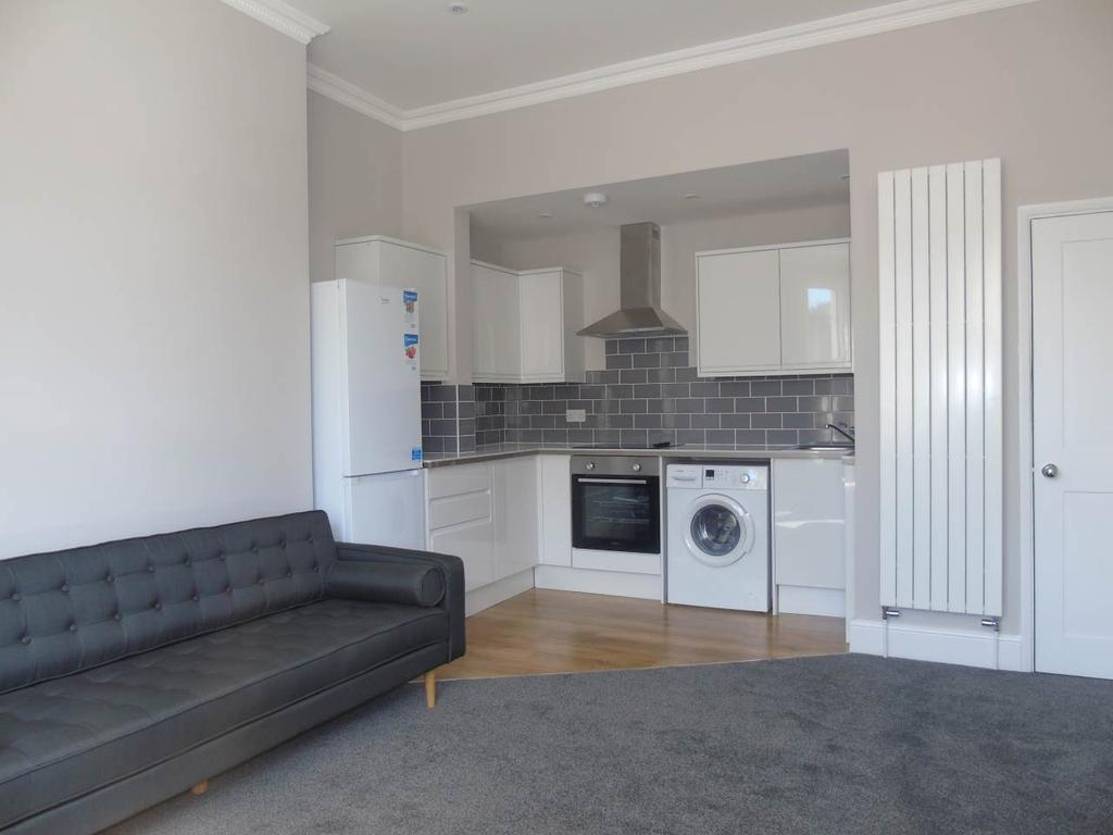 6 Bedrooms Flat for rent in Preston Road, Brighton, East Sussex