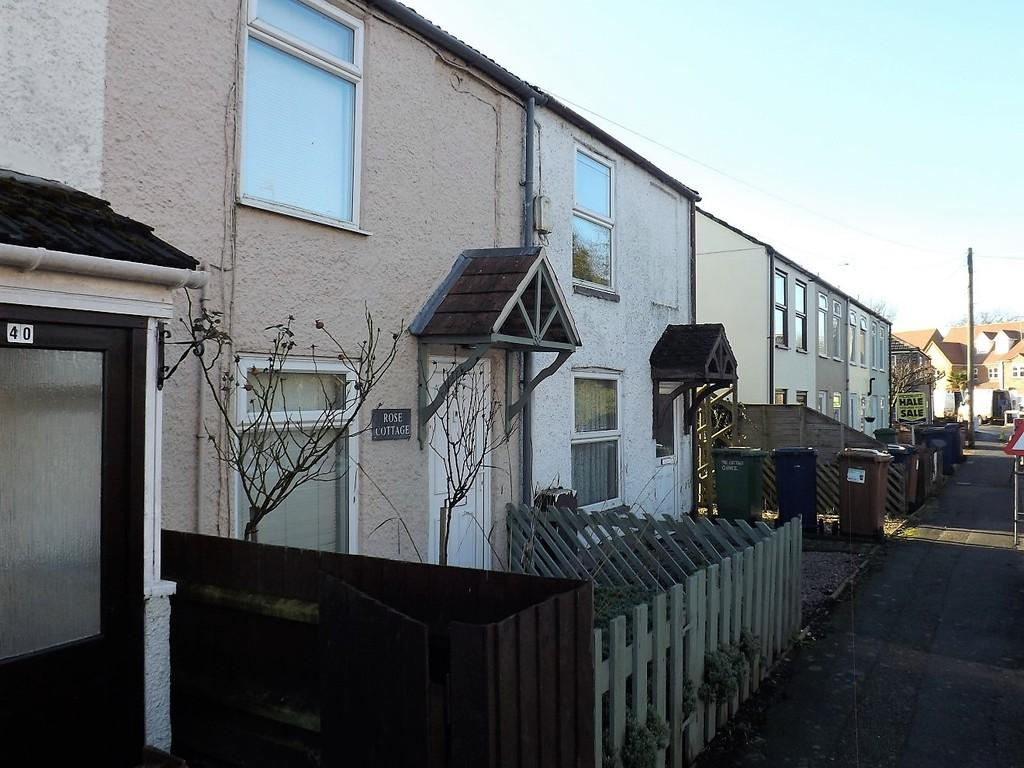 2 Bedrooms Terraced House for sale in High Road, Elm, Wisbech
