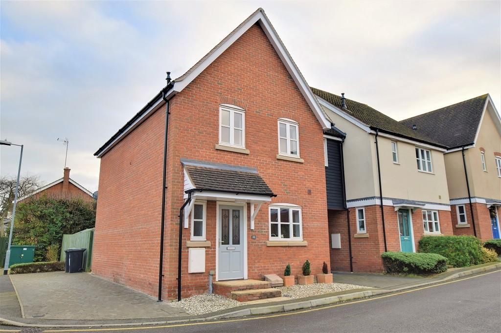 3 Bedrooms Link Detached House for rent in Weavers Close, Dunmow