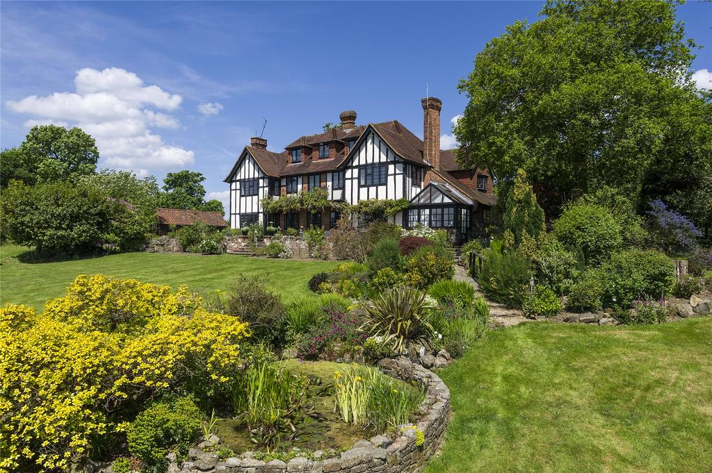 6 Bedrooms Detached House for sale in Itchingwood Common Road, Limpsfield, Oxted, Surrey, RH8