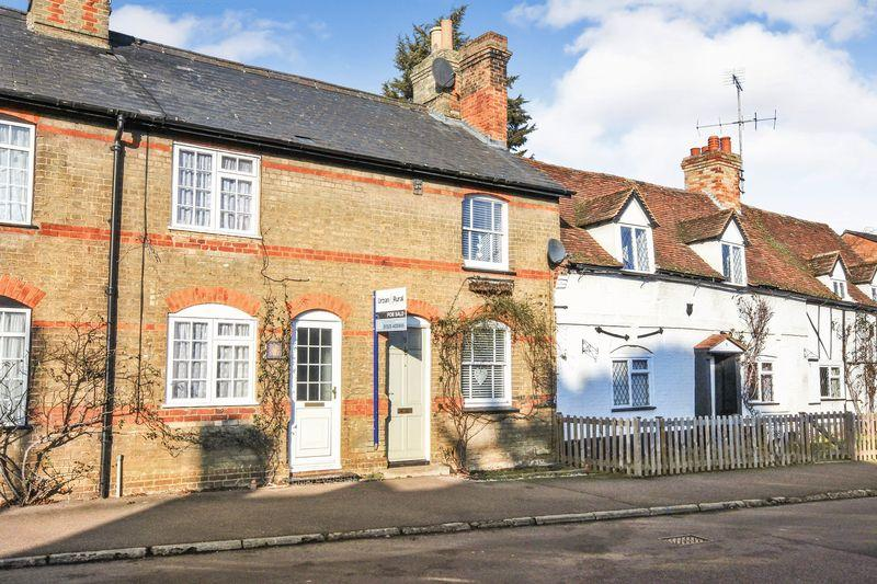 2 Bedrooms Terraced House for sale in The Green, Clophill