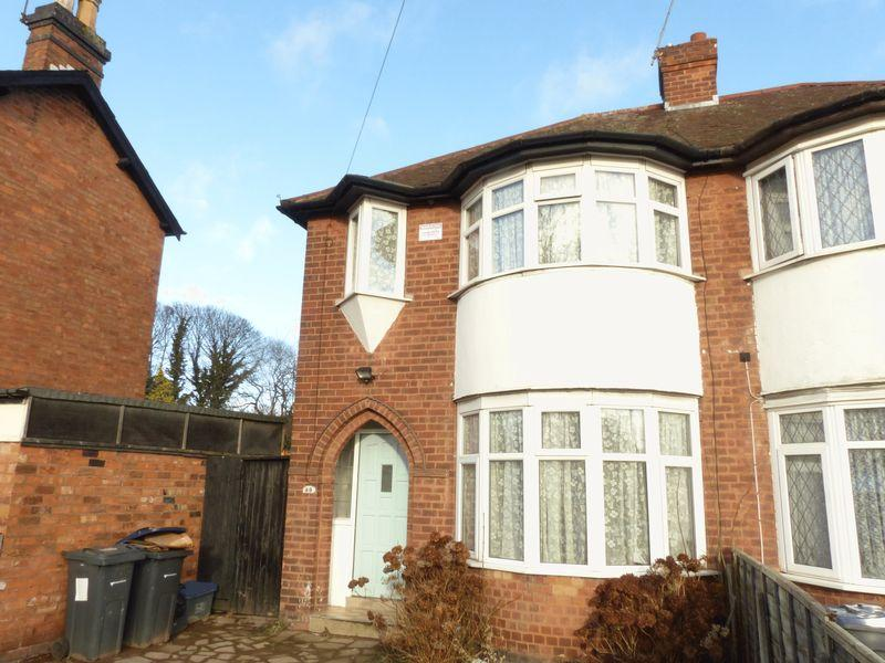 3 Bedrooms Semi Detached House for sale in Short Heath Road, Birmingham