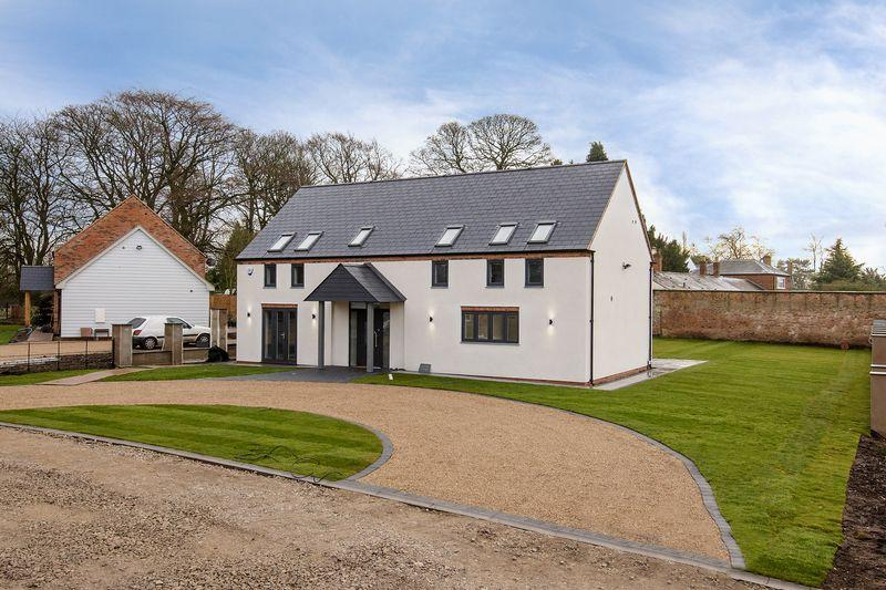 4 Bedrooms House for sale in Court Drive, Shenstone