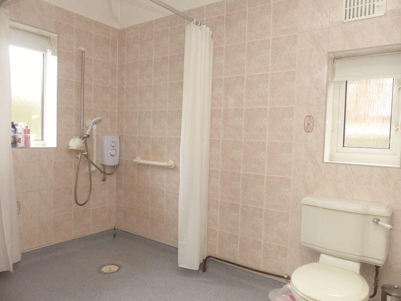 Wet Room 103...