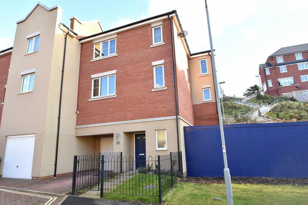 4 Bedrooms Town House for sale in Meridian Rise, Ipswich, IP4 2GF