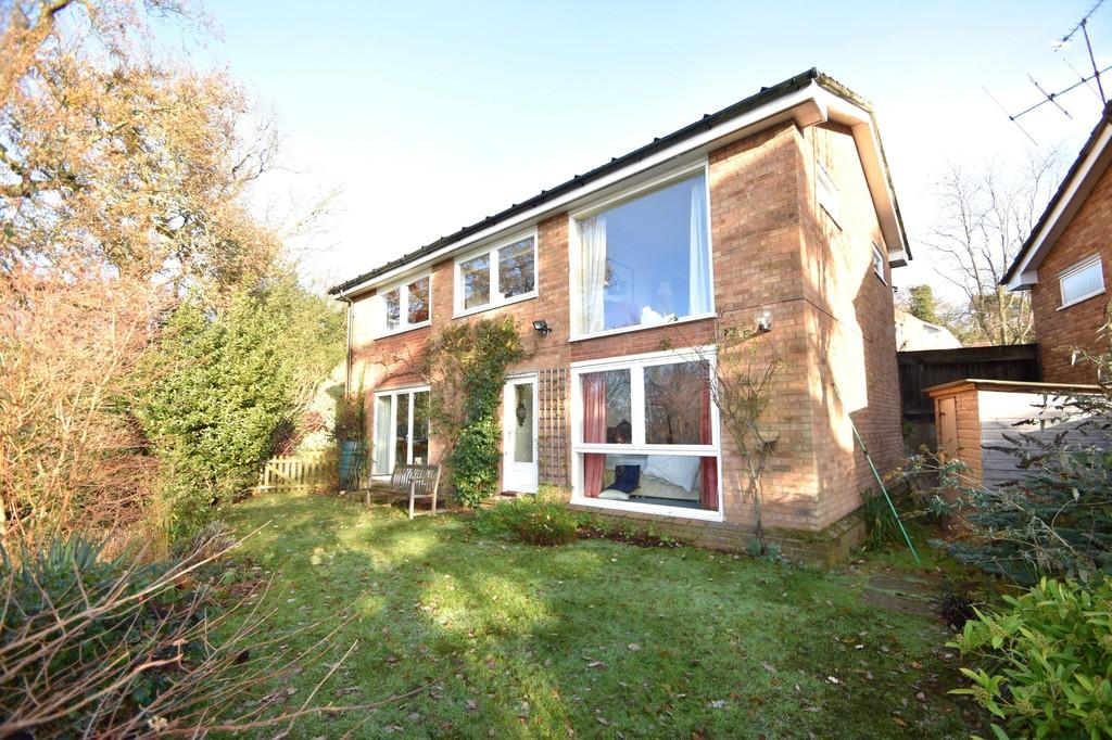 4 Bedrooms Detached House for sale in Brackenbury Close, Ipswich, IP1 3RN