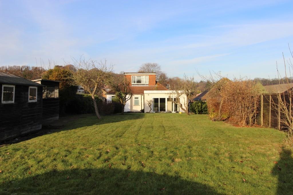 3 Bedrooms Detached Bungalow for sale in Upper Pines, Woodmansterne