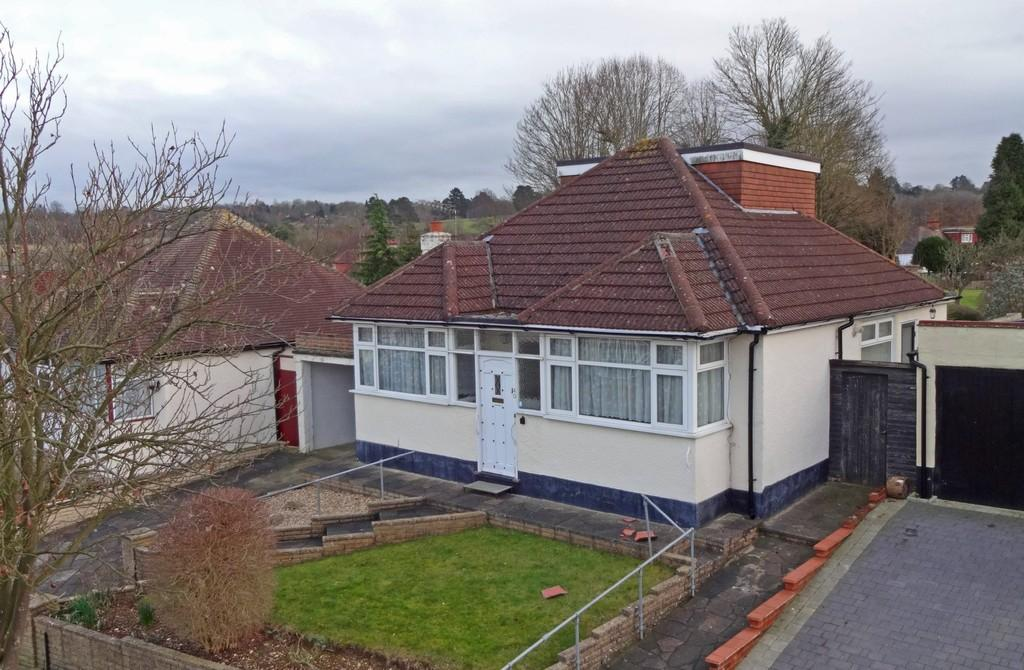 3 Bedrooms Detached Bungalow for sale in Upper Pines, Woodmansterne