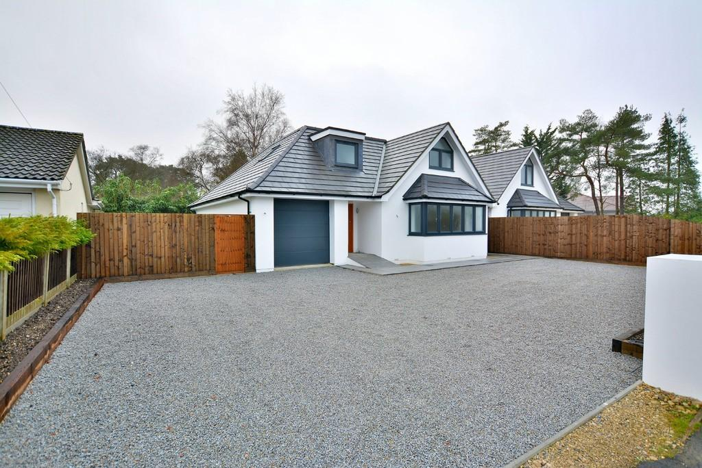 4 Bedrooms Chalet House for sale in Oaks Drive, St. Leonards